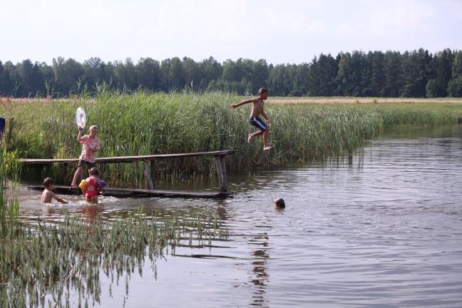 Warmia wakacje 2014 - Dzieci w grupach fot Wełnicki 047